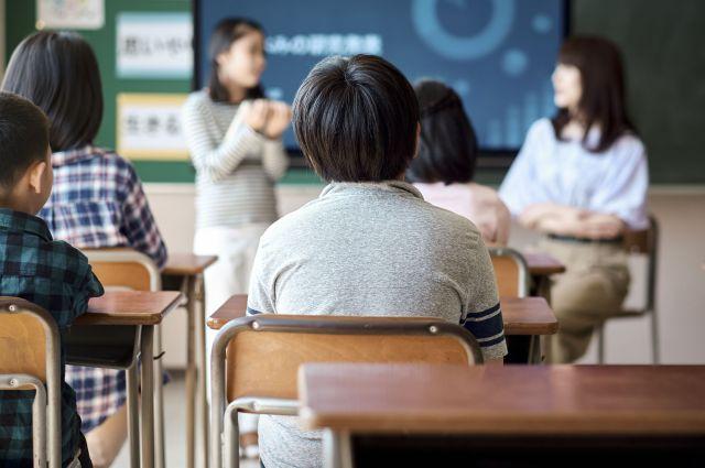 障害のある子がいる家族にとっても、進学は大きな転機(画像はイメージ)