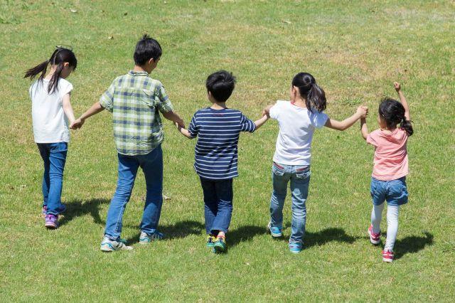 「インクルーシブ教育」に希望を見いだす親もいる(画像はイメージ)