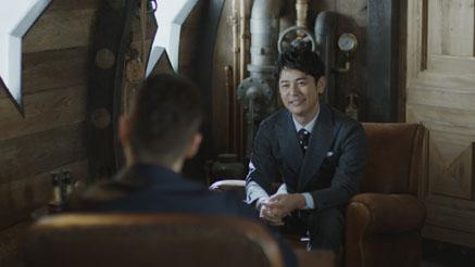 メインキャラクターの妻夫木聡さんが田中選手に問い掛ける