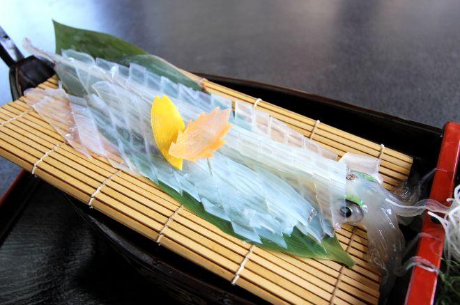 桃山天下市(佐賀県)はイカ定食がおすすめ
