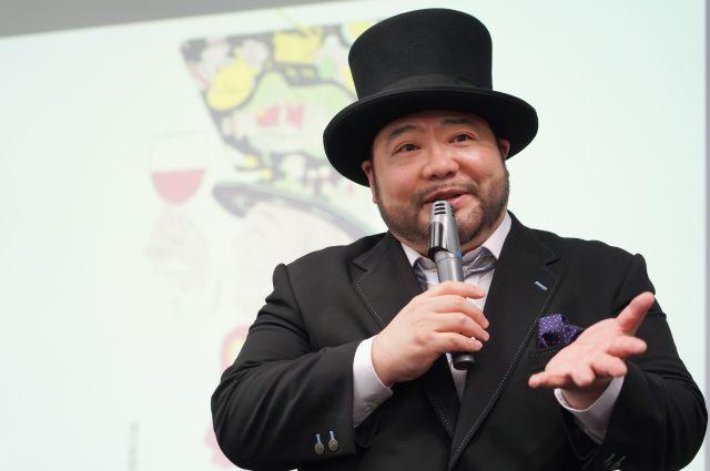 会場からの質問に答える髭男爵の山田ルイ53世さん=写真はいずれも瀬戸口翼撮影