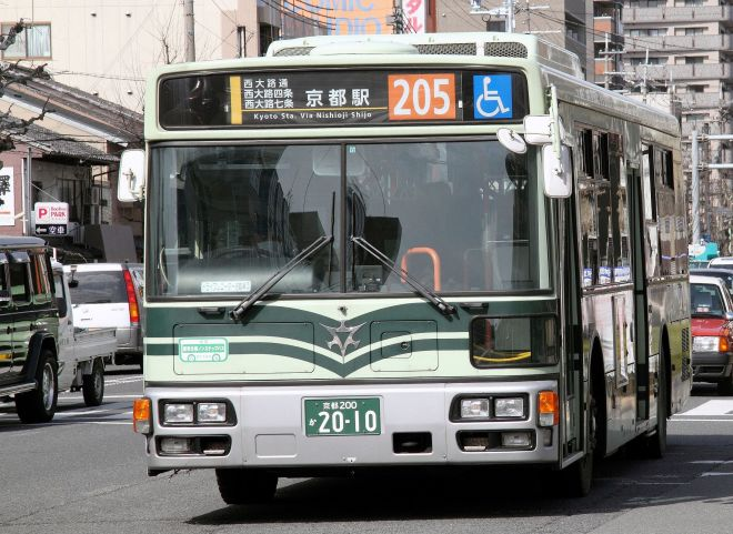 京都市バスの車両。バスのタオルなのでバスタオルです