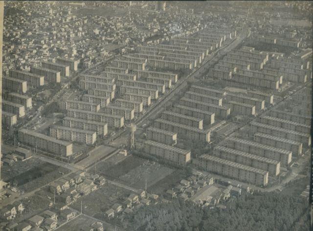 1977年の神奈川県相模原市の県住宅供給公社「相武台団地」=1977年12月