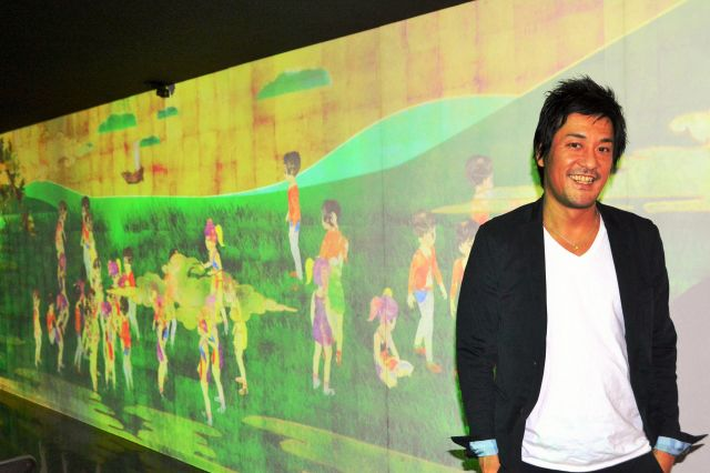 2015年には阿波踊りをテーマにした作品「お絵かき阿波踊り」を徳島市で展示した