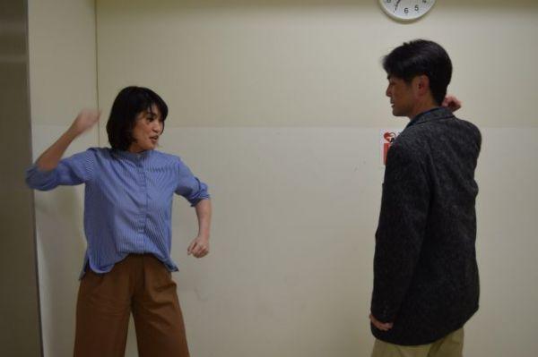 試しに、高木さんとじゃんけんをしてみた。「じゃんけんぽん!」