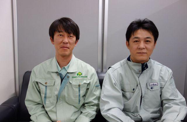 太田さん(左)と成田さん=札幌市中央区
