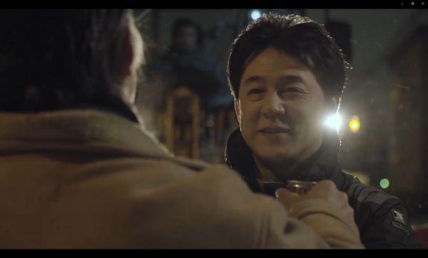 CMでは苦労の末に、成田さんのこのホッとした笑顔が……=サントリー提供