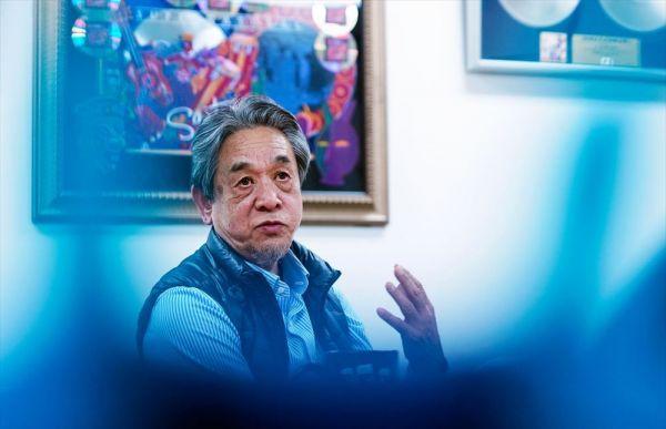 ウド―音楽事務所の高橋辰雄さん。リッチー・ブラックモアには、ホテルのドアの鍵のシリンダーに接着財を入れられるいたずらをされたことも