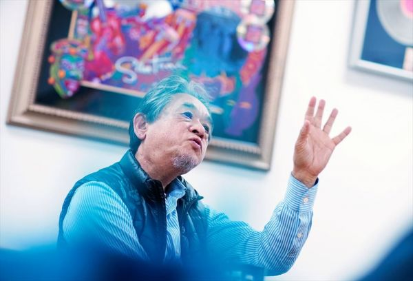 ウド―音楽事務所の高橋辰雄さんは、今もクラプトンが来日すると出迎えるという。「彼の人生を見て、人間の弱さ、強さを考えさせられましたね」