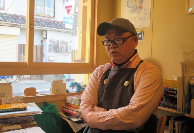 「避難所としての本」を提案する戸井律郎さん