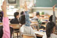子どもたちの学びに、障害の有無や、飲み込みの速度は関係ない――。そんな思いから、多様性を育む教育の機会を提供する、一人の女性に話を聞きました。(画像はイメージ)