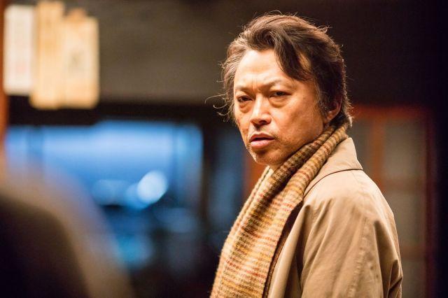 市原悦子さん演じる椎葉スマの息子を演じた相島一之さん。映画では一場面のみの登場ですが、強烈なインパクトを残します©2016「しゃぼん玉」製作委員会