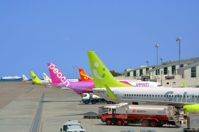 LCCや海外の航空会社が増えてきた那覇空港