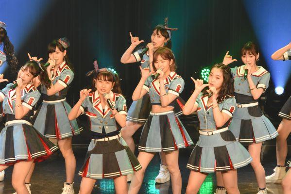 2018年8月、指原さんがチェアマンを務めたTIF2018のHKTのステージ