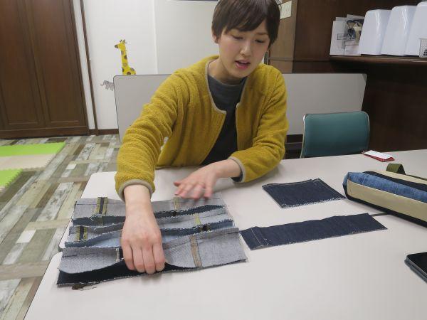 ハギレを縫い合わせていく行程の説明