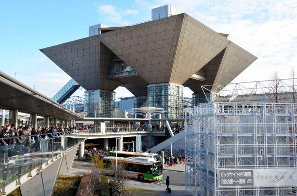 コミックマーケットの開かれた東京ビッグサイト。昨年末3日間で57万人が訪れたという