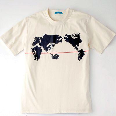 遠目に見ると世界地図ですが……