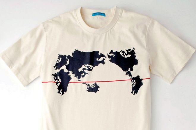 遠目に見ると世界地図ですが、すべての大陸が九州のかたちになっています