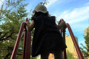 1歳の娘、妻に任せ単身赴任 「取り返しのつかない時間失っている」