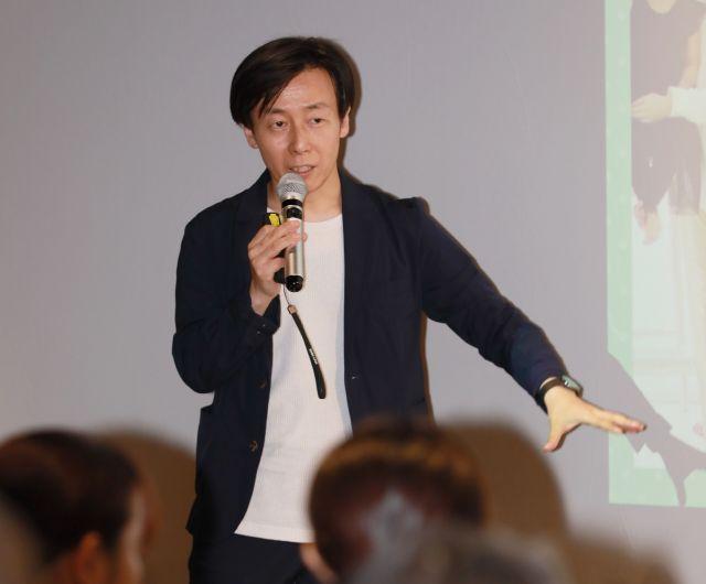 育休をとって「会社の雰囲気が変わった」と話す青野さん=瀬戸口翼撮影