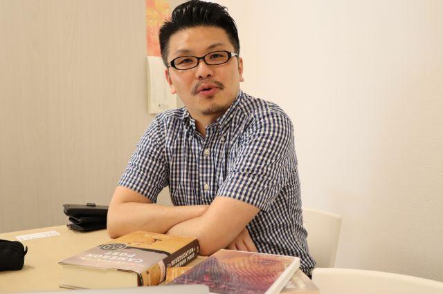 サウザンブックスの代表取締役の古賀一孝さん