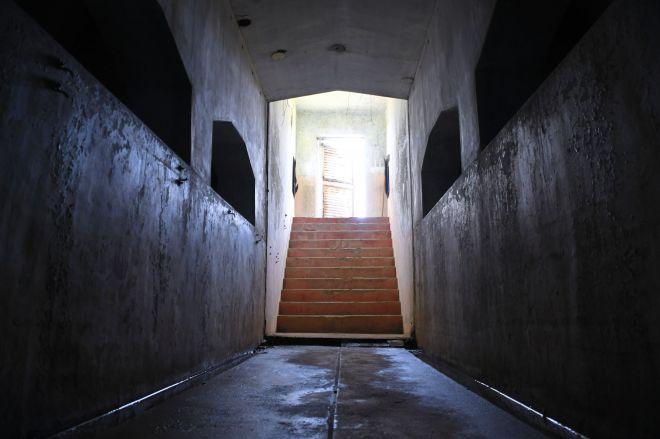 重要シーンが撮られた廊下は、ポンプ機械室から30メートルくらい離れた浄水池