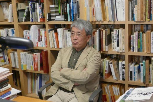 世にはびこる「自己責任論」について語る橋本健二・早稲田大学教授=6月、都内、牧内昇平撮影
