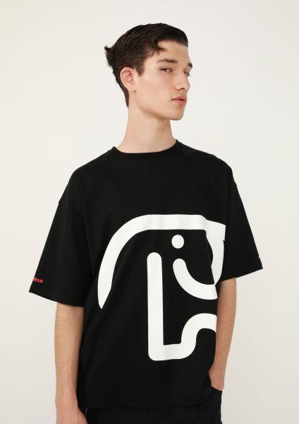 Tシャツ6400円(税抜き)