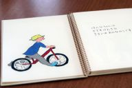 世界に一冊の手作り絵本「はんなちゃんとへんちくりん」