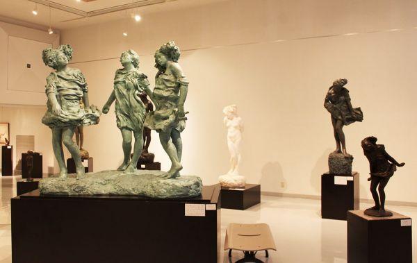 渋川市美術館・桑原巨守彫刻美術館の常設展示室