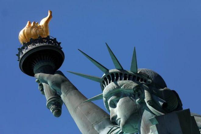 「アメリカ横断ウルトラクイズ」のゴール、ニューヨークにある自由の女神像=ロイター