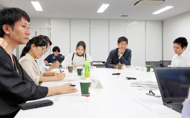座談会の参加者たち=朝日新聞名古屋本社、川津陽一撮影