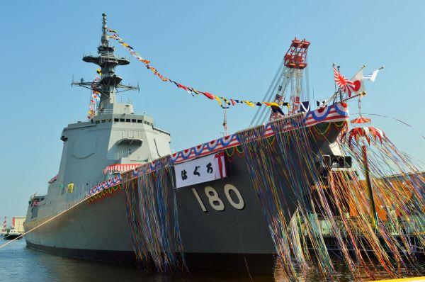 イージス護衛艦はぐろ=7月17日、横浜港