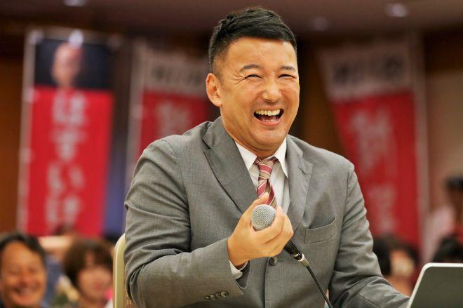 参院選で注目を集めた、れいわ新選組の山本太郎代表=7月22日午前5時10分、東京都千代田区