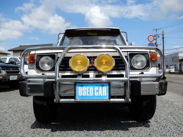 今年5月ごろに入庫した初代パジェロ。全国から問い合わせがあるという。車両本体価格は95万円