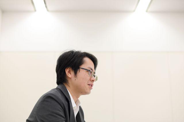 インタビューで話す押見修造さん=2019年7月10日、東京都文京区、伊藤進之介撮影