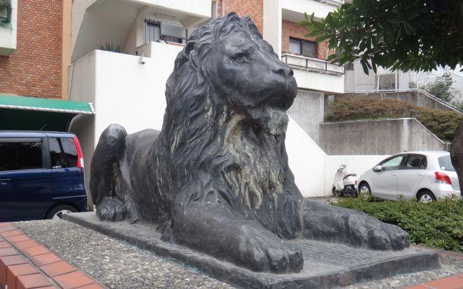 ライオン像設置第1号は「ライオンズマンション唐山(愛知県名古屋市)」でした