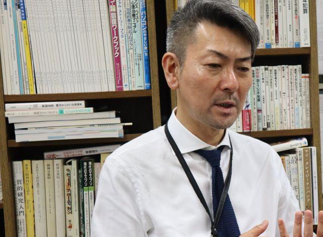 松本俊彦さん