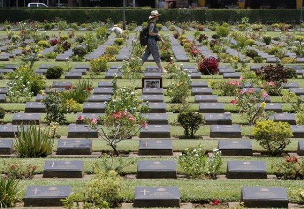 泰緬鉄道の建設に携わった連合国側の捕虜の墓地