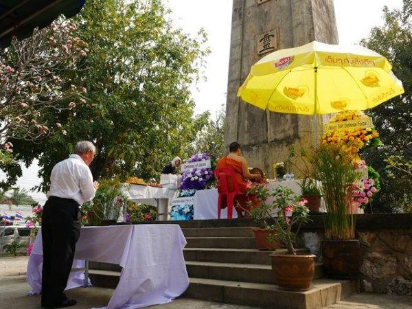 泰緬鉄道の建設中の犠牲者の追悼式が日本人主催で毎年開かれている