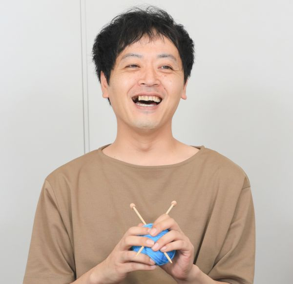 「うしろシティ」の金子学さん=瀬戸口翼撮影