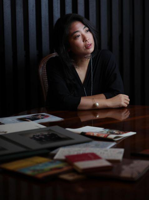 夫の本木雅弘さんと2男1女を育てる。子育てについてのインタビューに答える内田也哉子さん=林紗記撮影