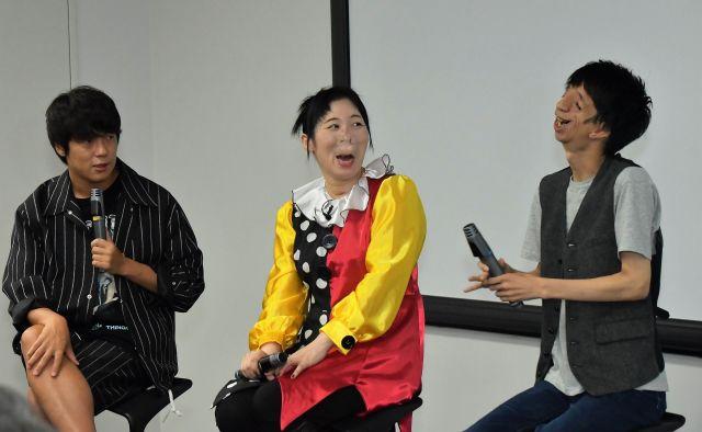 (左から)村本さん、河除さん、石田さん