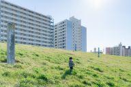 クラスみんなに無視された小学生時代、井ノ原さんの「逃げ場」は団地の自分の家だった(写真はイメージ=PIXTA)