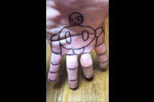 手のひらがラピュタのロボット兵に! 歩いて踊る「指遊び」が話題に