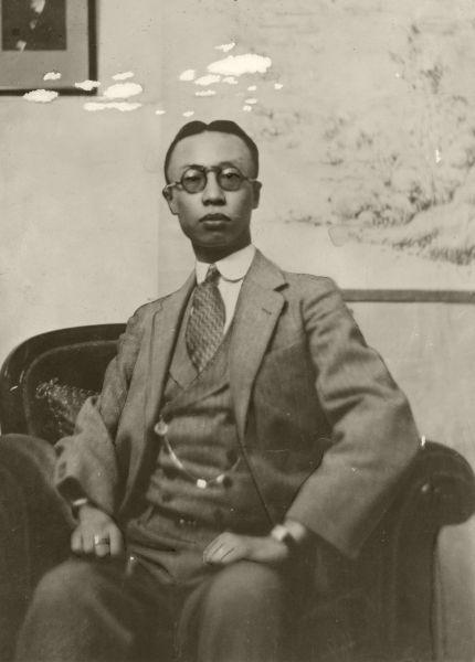 後に宣統帝と呼ばれた、清朝最後の皇帝愛新覚羅溥儀=1932年撮影