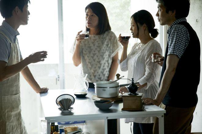 ブランドマネージャーを務める菅谷恵子さん(左から2人目)