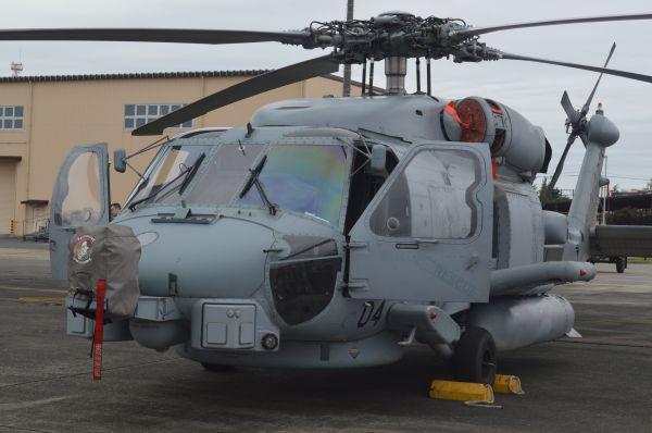 米海軍の多用途・補給支援ヘリMH60R