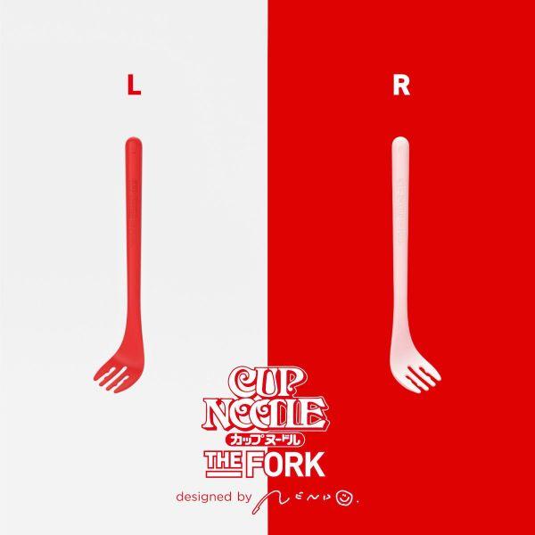 右利きと左利きがあり、右利きが白、左利きが赤と色分けされています