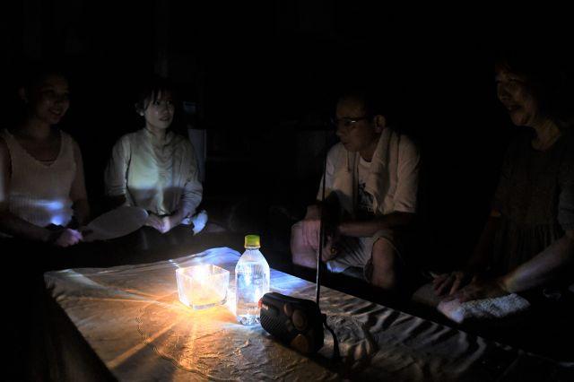 9月の台風(たいふう)では、千葉(ちば)で、電気(でんき)がとまりました